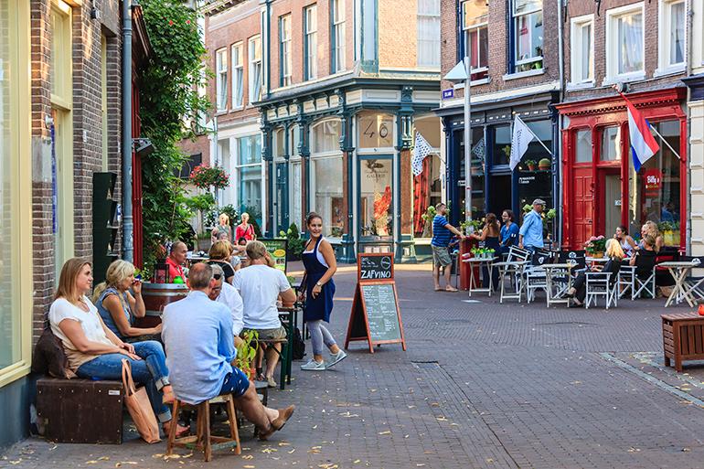 Terrassen op de 7straatjes in Arnhem